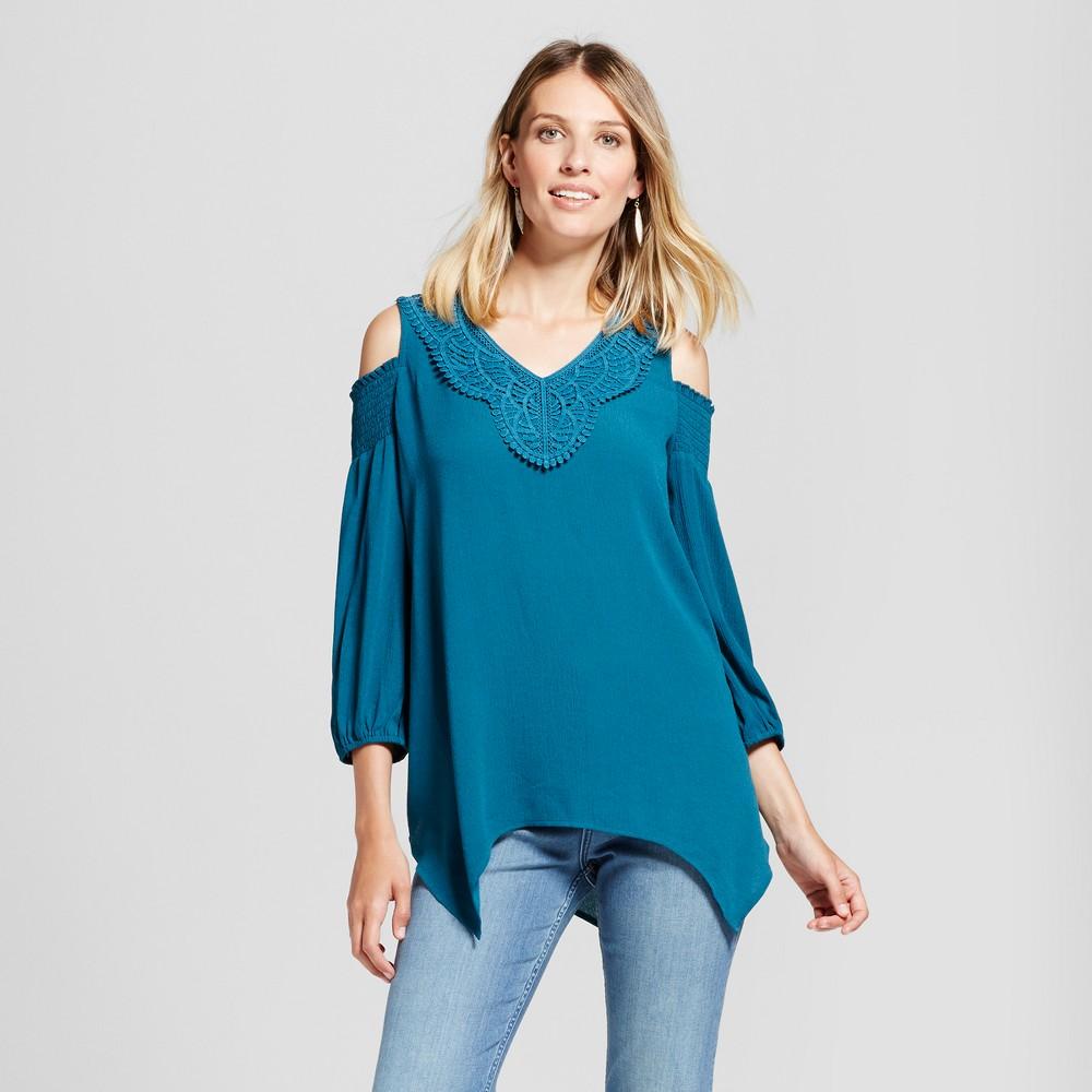 Womens Crochet Yoke Smocked Cold Shoulder - Knox Rose Top Teal M, Blue