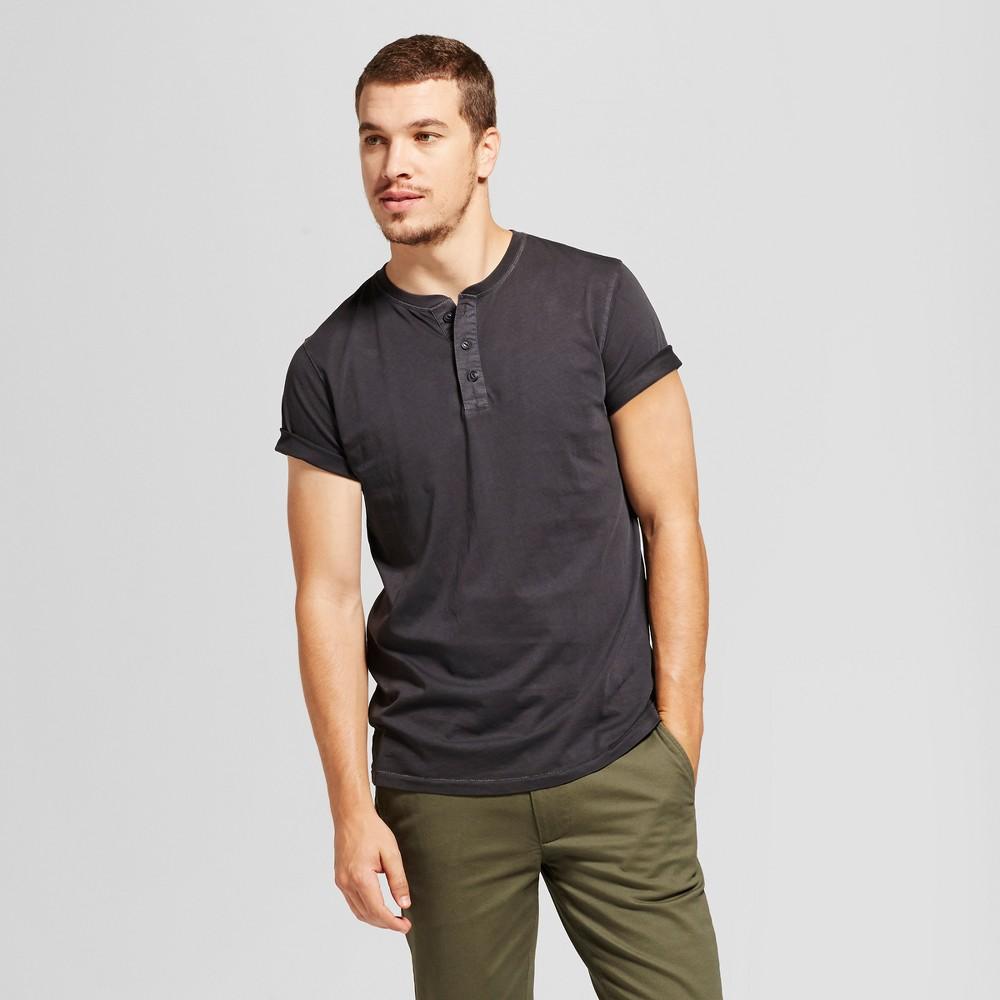 Mens Standard Fit Short Sleeve Henley T-Shirt - Goodfellow & Co Black L