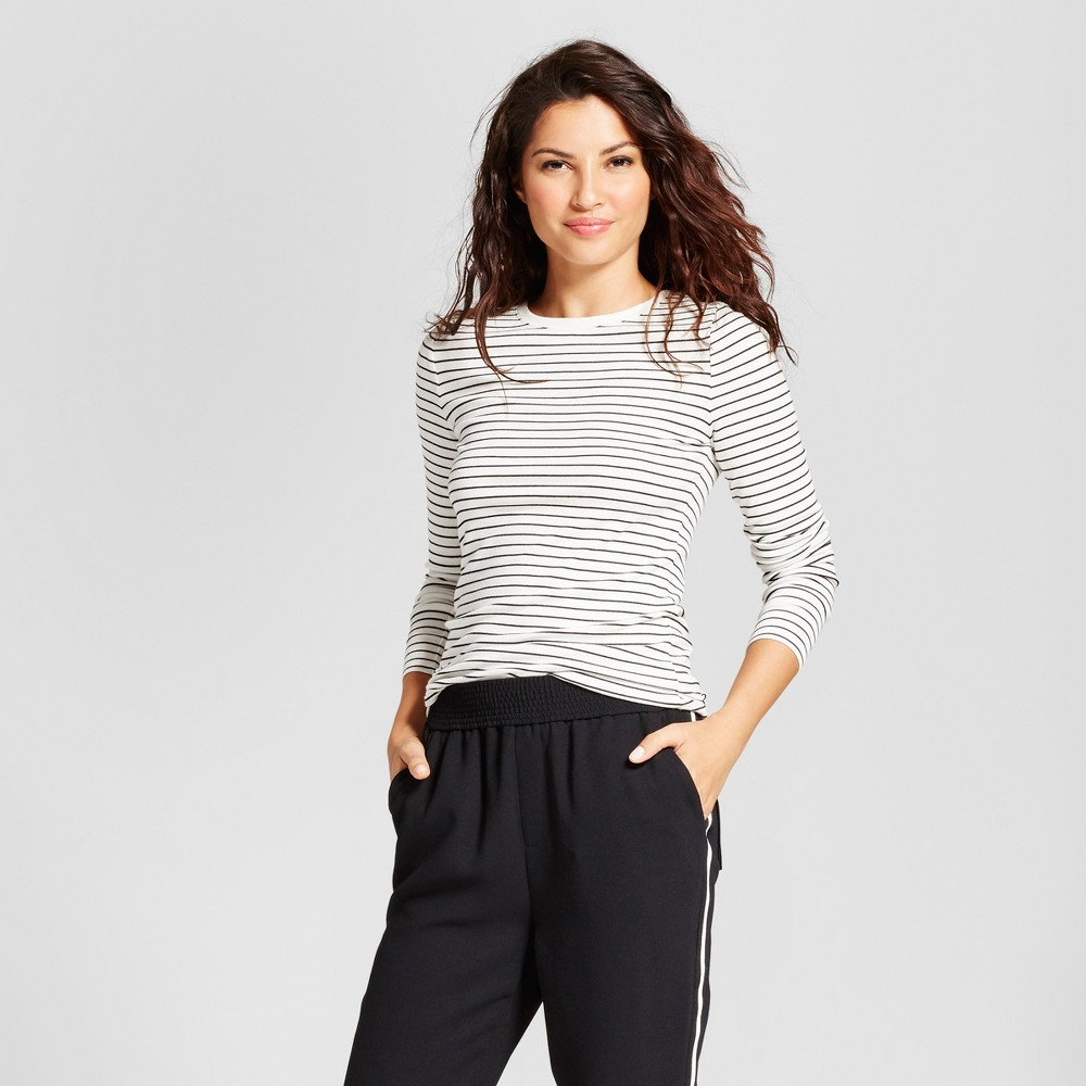 Womens Striped Fitted Long Sleeve Crew T-Shirt - A New Day White/Black S