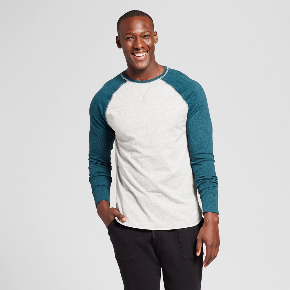 Mens Standard Fit Long Sleeve Raglan Color Block Crew T-Shirt - Goodfellow & Co Green L