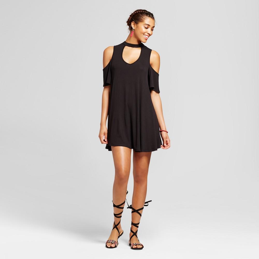 Womens Mock Neck Cut Out Cold Shoulder Shift Dress - 3Hearts (Juniors) Black XS