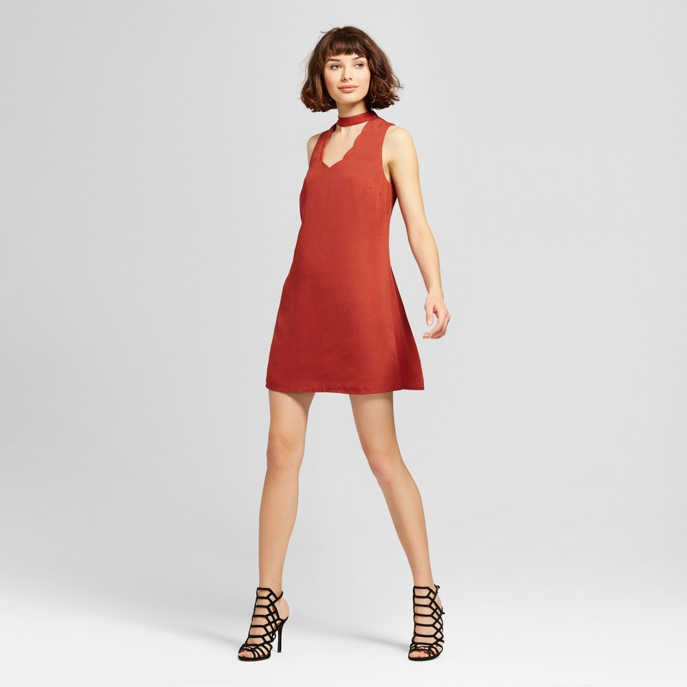 Womens Scallop Mock Neck Cut Out Shift Dress - 3Hearts (Juniors) Red S, Brown Red