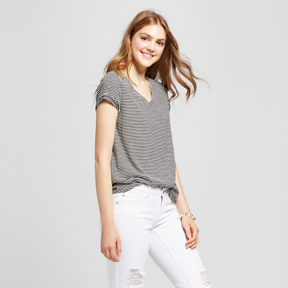 Womens Relaxed Vee T-Shirt - Mossimo Supply Co. Black/White S