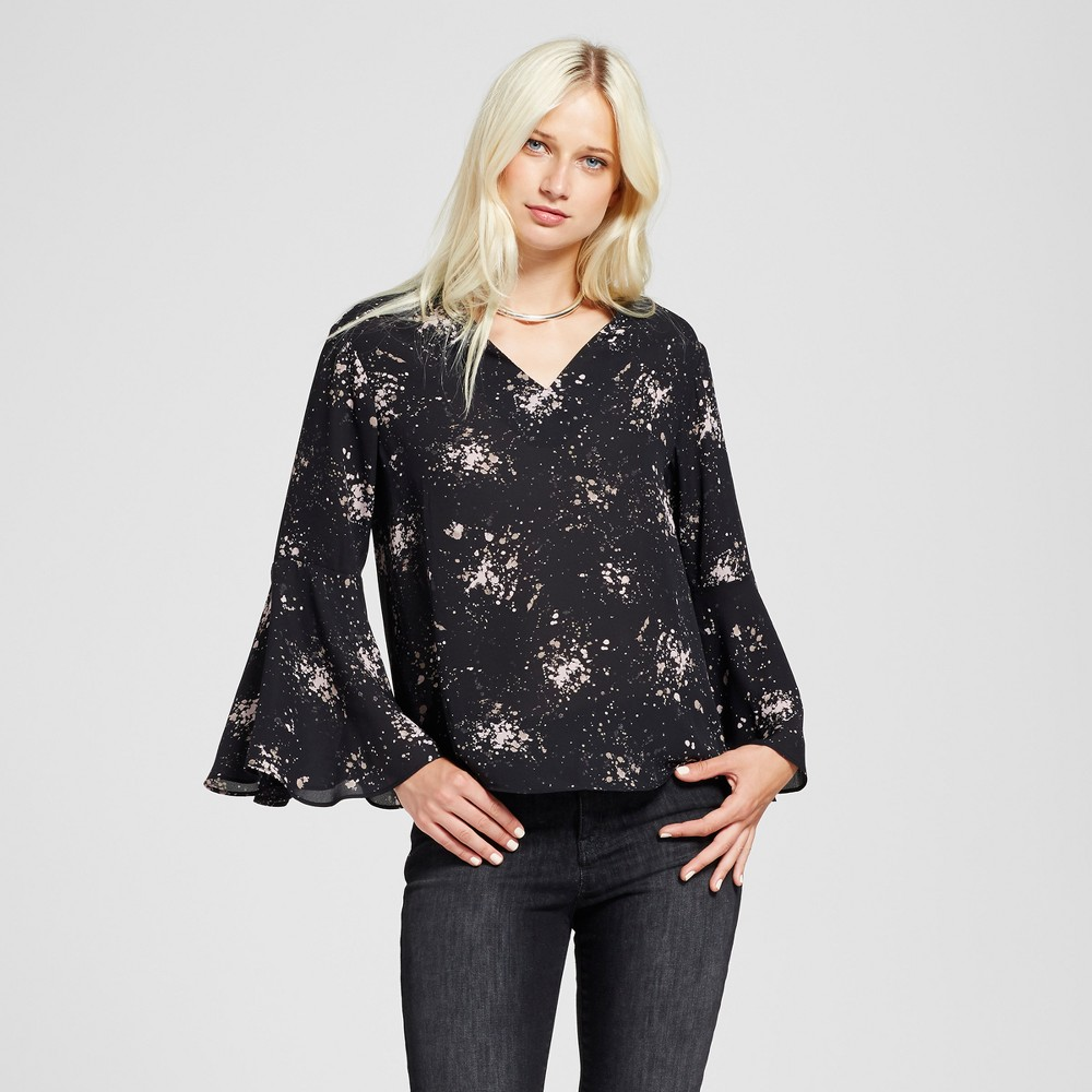 Womens Printed V-Neck Bell Sleeve Top - Mossimo Black XL