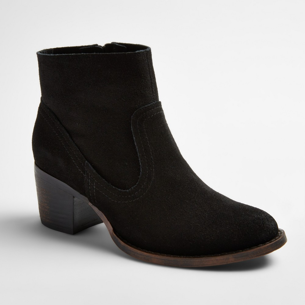 Womens Soho Cobbler Fields Suede Booties - Black 6