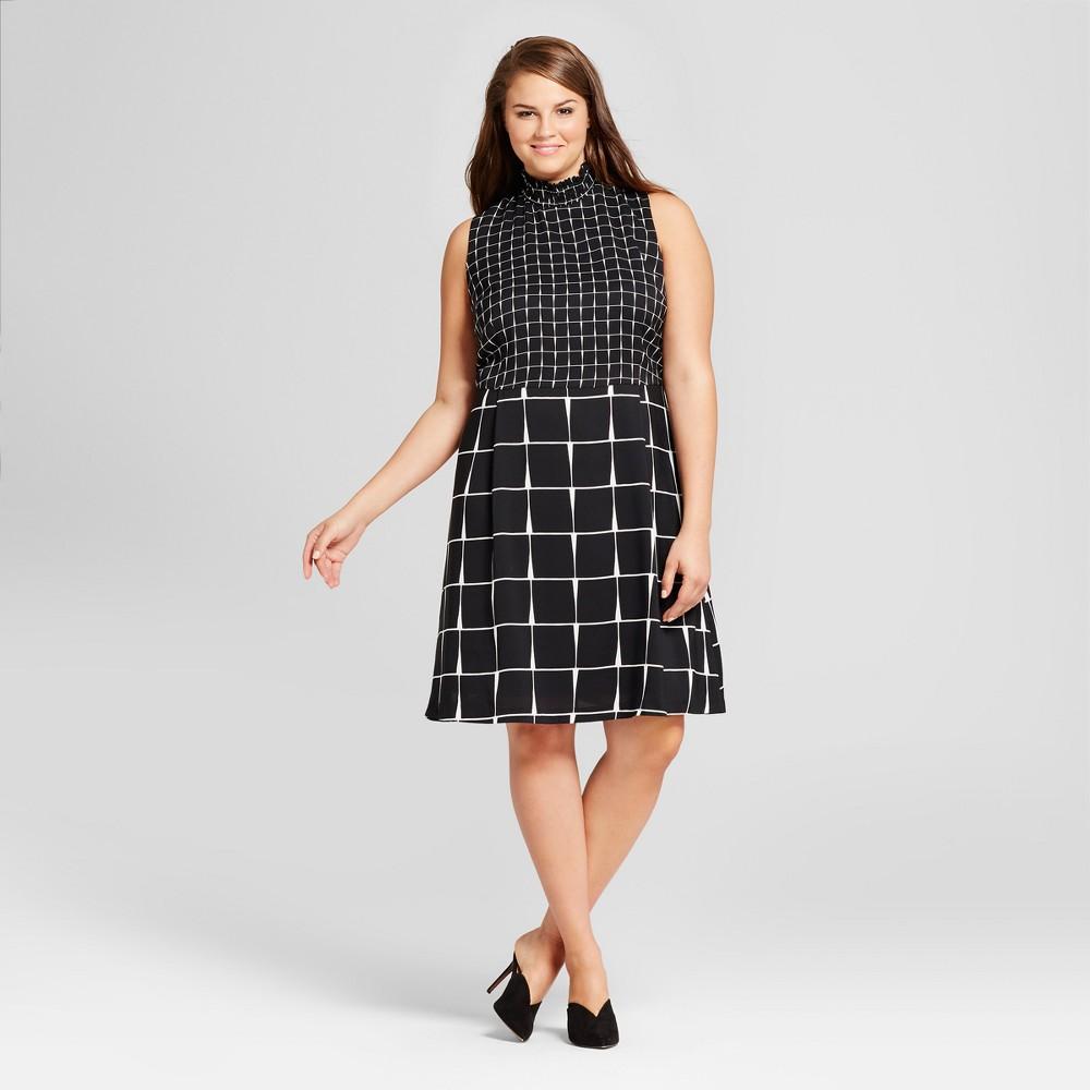 Womens Plus Size Smocked Neck Mini Dress - Who What Wear Black/White Plaid 4X