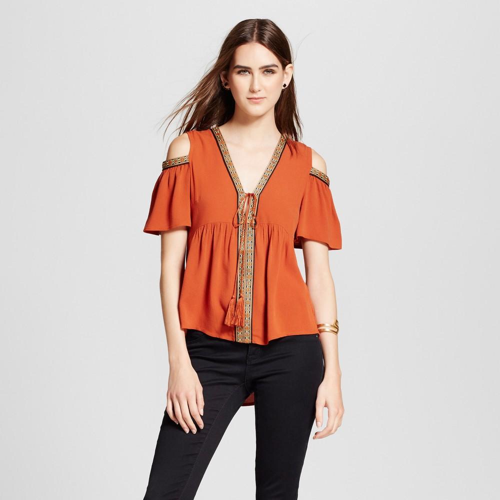 Women's Cold Shoulder Embroidered Trim Top - Cliché - Orange S