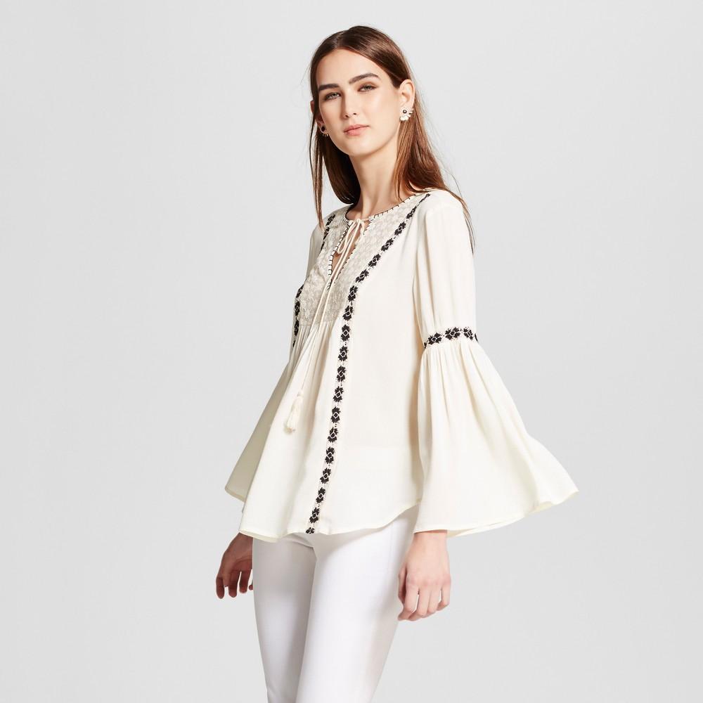 Womens Embroidered Trim Lace Peasant Top - Cliché - White-Black L, White