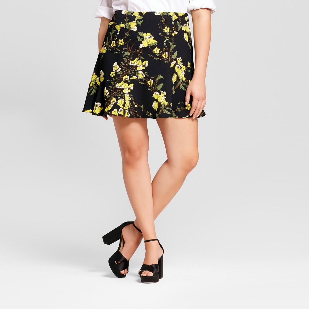 Womens Plus Size Paneled Ruffle Skirt - Who What Wear Black Floral 22W