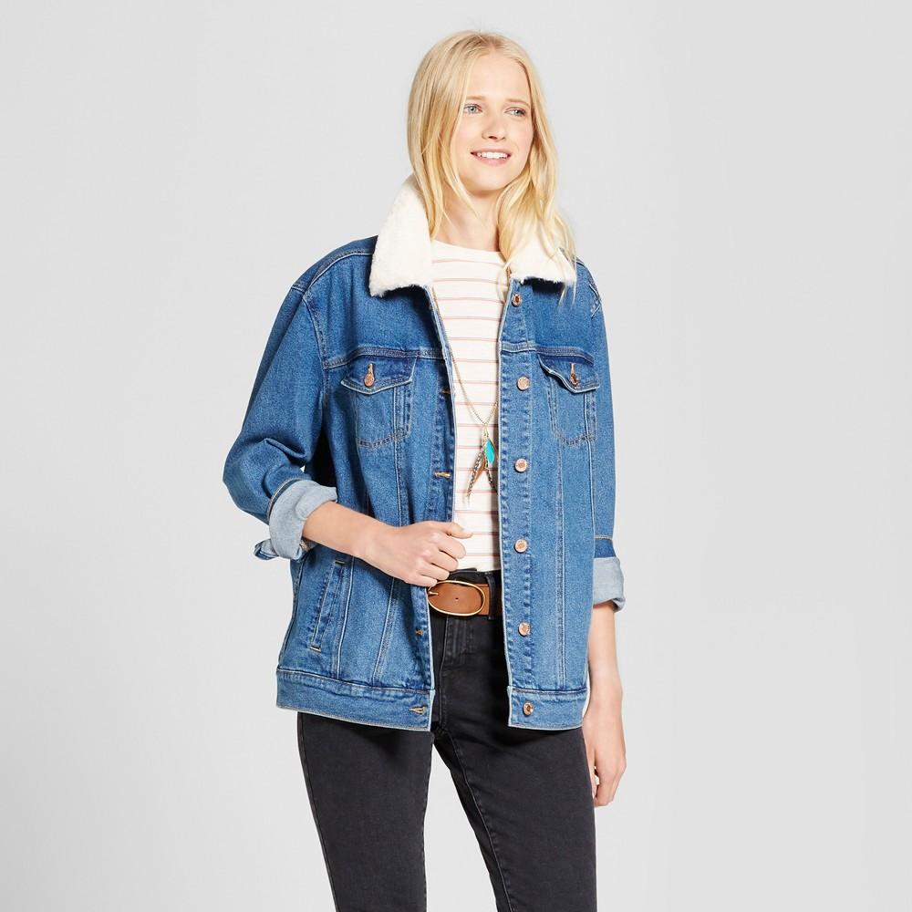 Womens Oversized Denim Jacket with Fur Collar - Mossimo Supply Co. Medium Wash XL, Blue
