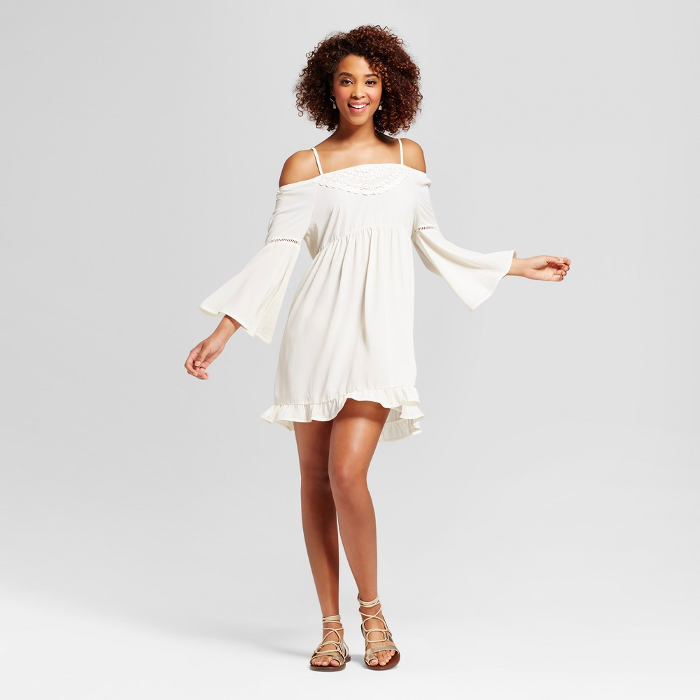 Womens Crochet Cold Shoulder Bell Sleeve Dress - Grayson Threads (Juniors) White XS