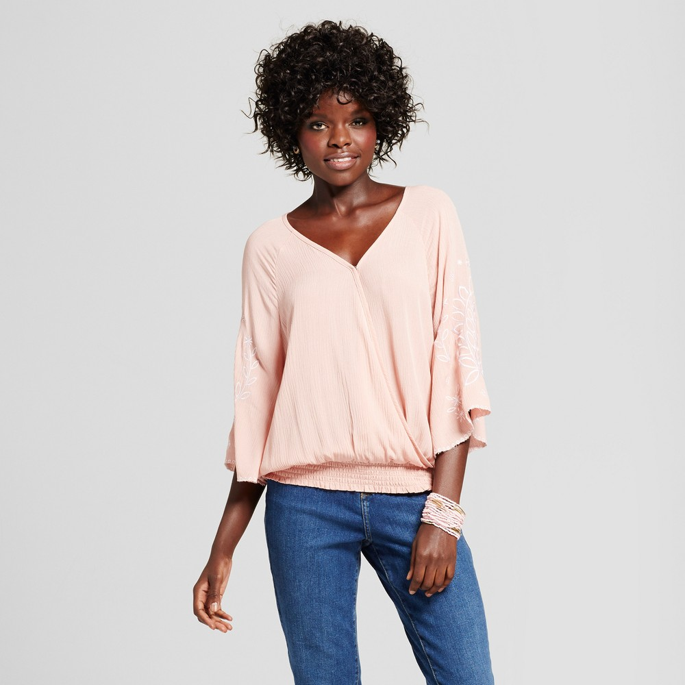 Womens Embroidered Sleeve V-Neck Top - Grayson Threads (Juniors) Blush L, Pink