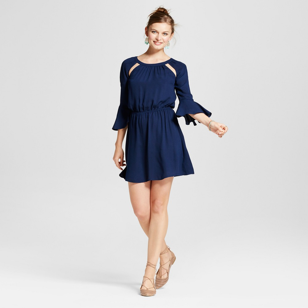 Womens Cutout Bell Sleeve Dress - 3Hearts (Juniors) Blue L