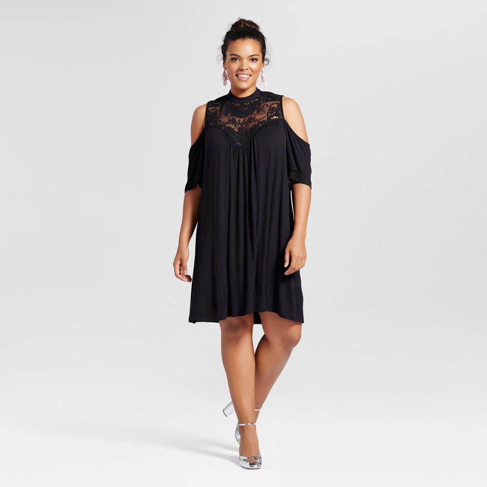 Womens Plus Size Cold Shoulder Lace Yoke Blouse Black 1X - 3Hearts (Juniors)