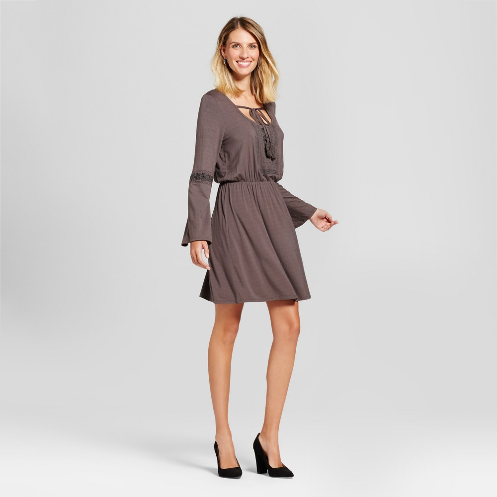 Womens Embroidered Cinch Waist Knit Dress - Knox Rose Gray M