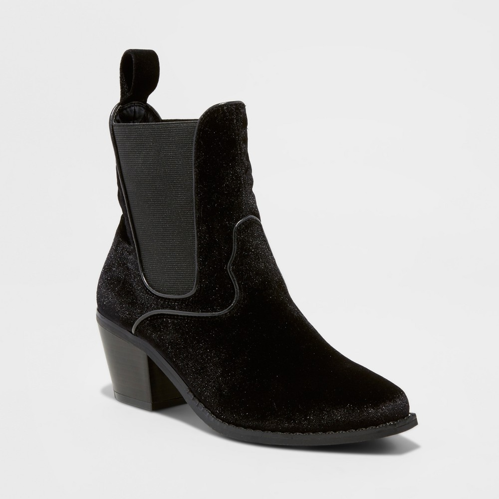 Womens Tommi Velvet Booties - Mossimo Black, Size: 6.5