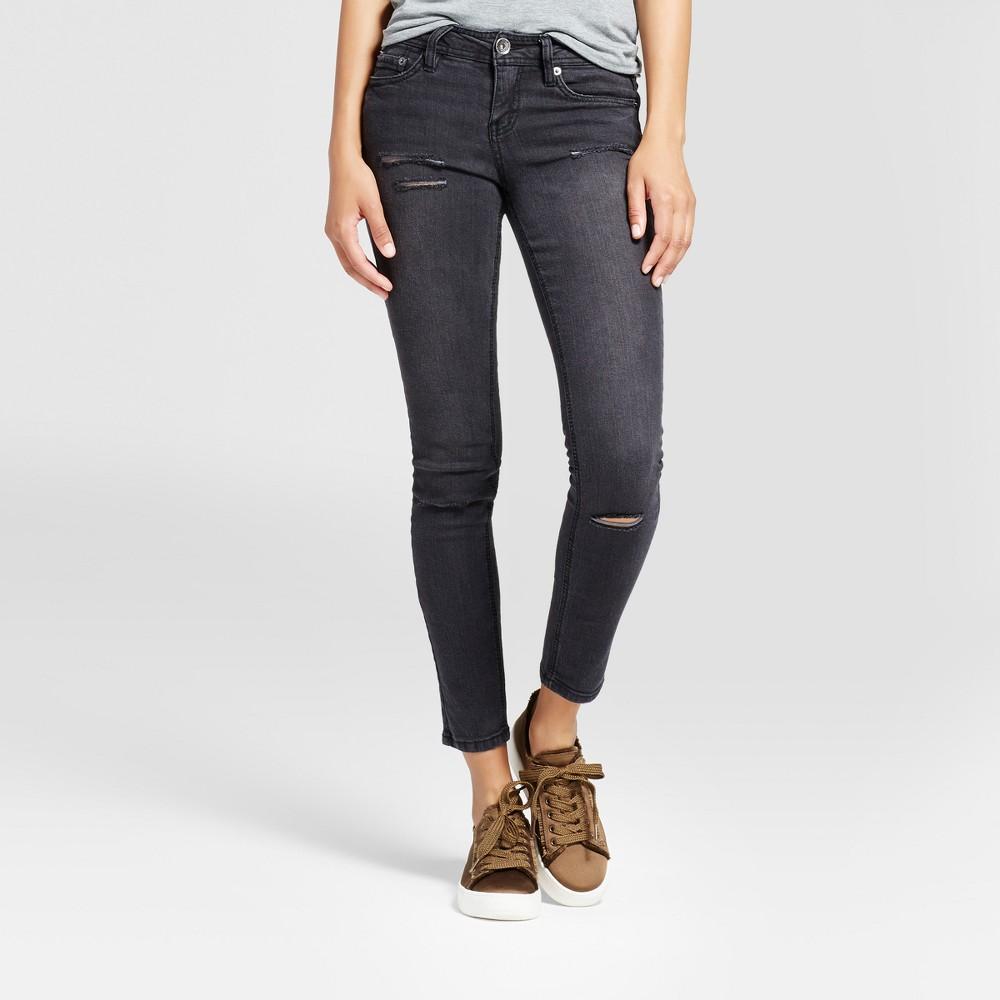 Women's Destructed Slit Knee Skinny Jeans - Dollhouse (Juniors') Black 7