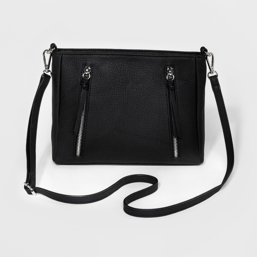 Bueno Womens Grained Pebble Crossbody Handbag - Black