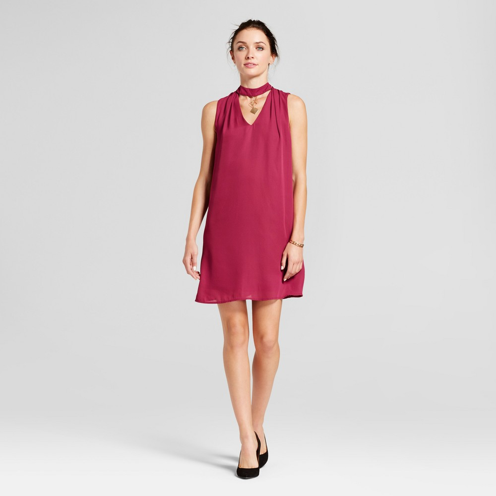 Womens Choker Neck Trapeze Dress with Necklace Detail - Lux II Berry L, Red