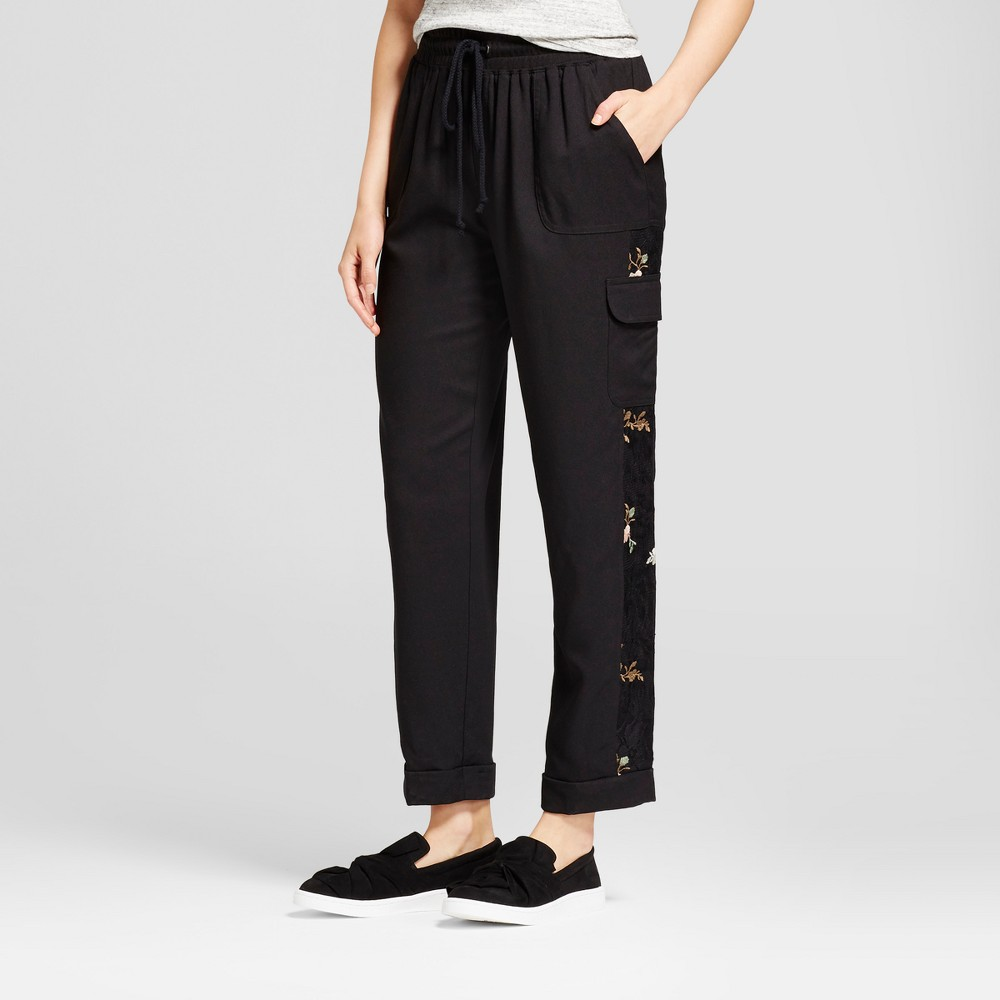 Womens Embroidered Floral Jogger - Knox Rose Black M