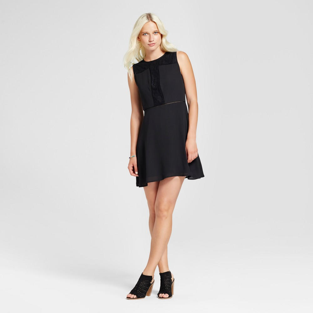 Womens Lace and Crochet Dress - Eclair Black XS