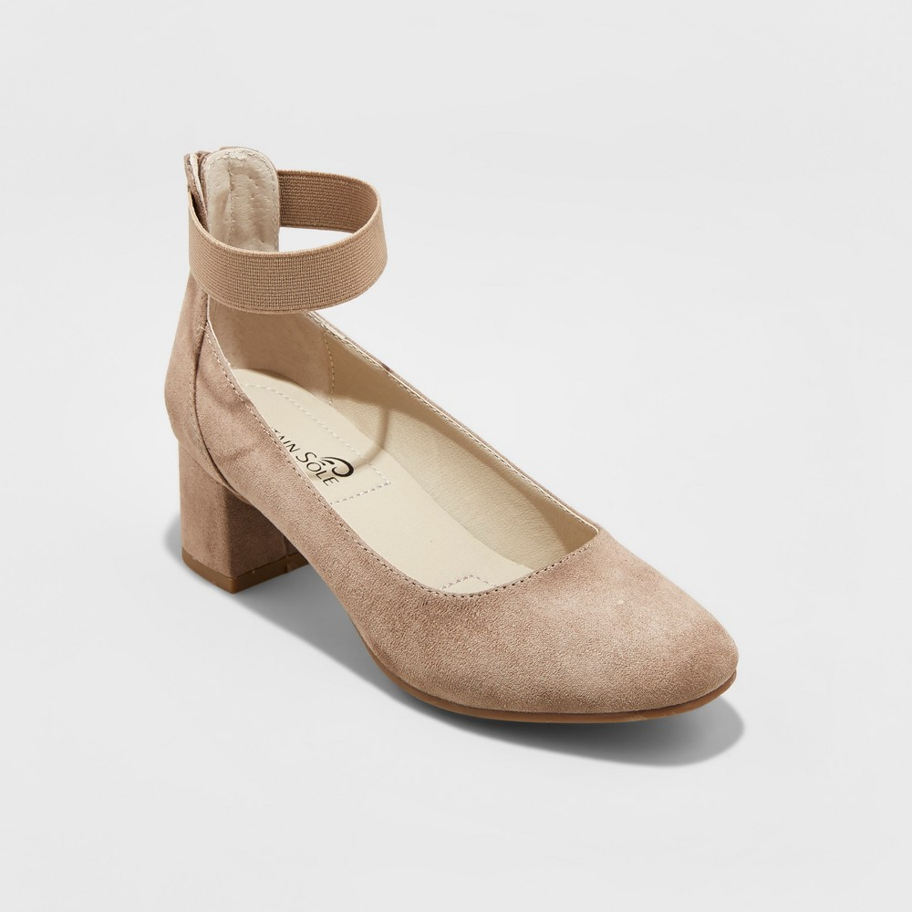 Womens Mountain Sole Madyn Elastic Strap Pumps - Desert Tan 6