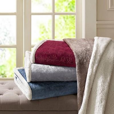 Gray Geometric Throw Blankets ( 60x70 )