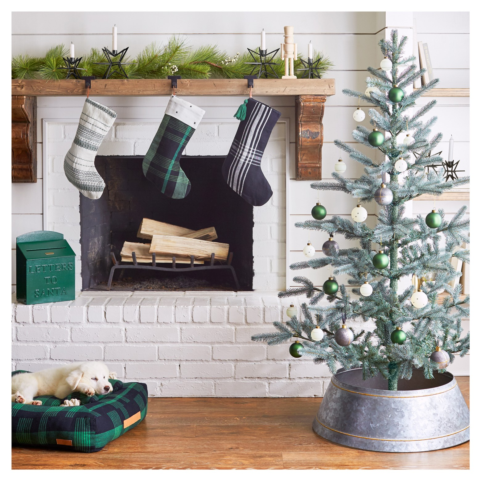 Farmhouse Christmas With Hearth Amp Hand Guitar Amp Lace