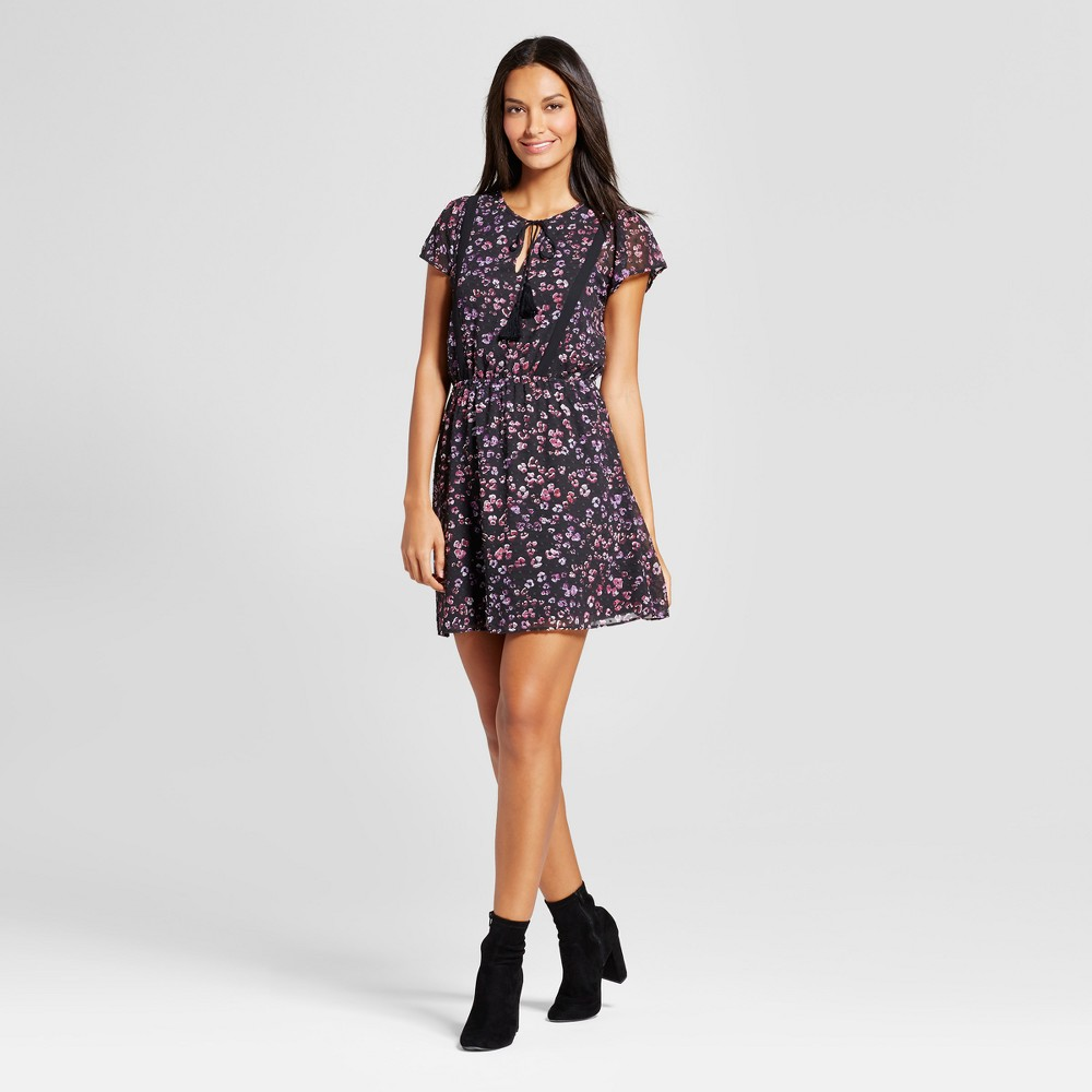 Womens Floral Lace Trim Dress - Layered with Love Black M, Black Pink