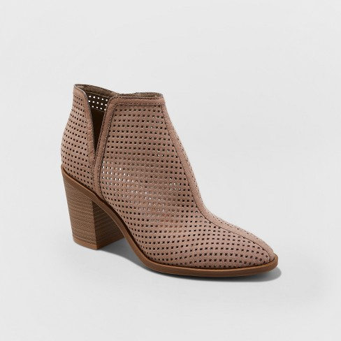 Women's Ettie Emerson Heeled Fashion Boots - image 1 of 3