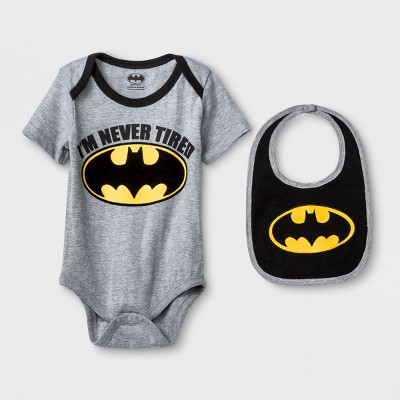 Baby Boys' DC Comics Batman Short Sleeve Bodysuit and Bib Set - Heather Gray/Black 3-6M