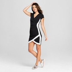 Women's V-Neck Bodycon Dress - Almost Famous (Juniors') Black/White