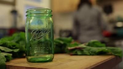 Ball 12ct 32oz Glass Mason Jar With Lid And Band Regular Mouth