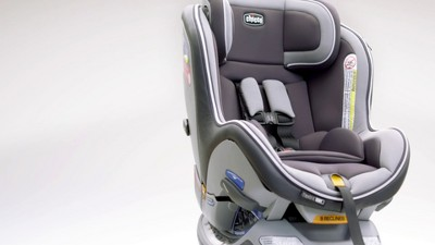 Play Chicco NextFit IX Convertible Car Seat