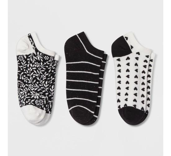 Women's Striped Casual Socks - A New Day™ 3pk Black Dark Off-white One Size