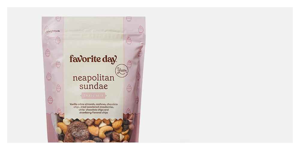 Neapolitan Sundae Trail Mix - 10oz- Favorite Day™