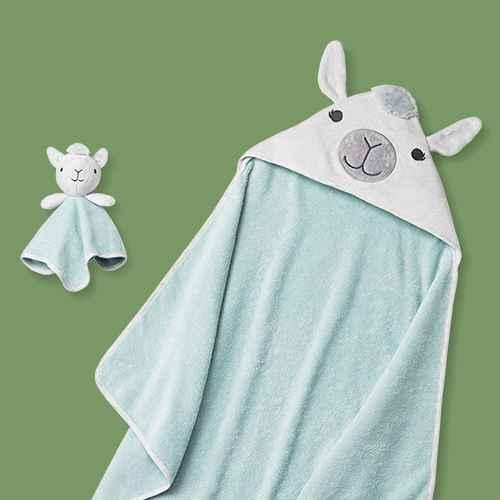 Baby Lama Bath Towel And Washcloth Set - Cloud Island™ White/Green One Size