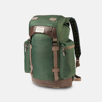 Wenzel 33L Tribute Boulderdasche Daypack - Green Plaid