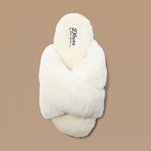 Women's dluxe by dearfoams Rossland Genuine Shearling Crossband Slippers - Natural 6