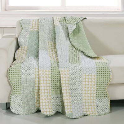 """Greenland Home Fashion Barefoot Bungalow Juniper Geometric Patterns & Classic Motifs Accessory Quilted Throw Blanket - 50""""x60"""" in Sage Color"""