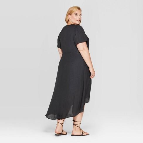 Women\'s Plus Size Animal Jacquard Short Sleeve V-Neck Wrap Midi Dress - Ava  & Viv™