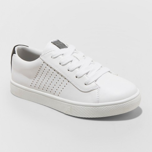 Boys' Wiley Low Top Sneakers - art class™ White 6 - image 1 of 3