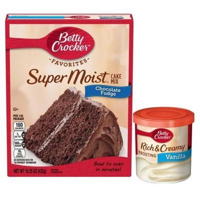 Betty Crocker Super Moist Chocolate Fudge Cake Mix & Vanilla Frosting Bundle