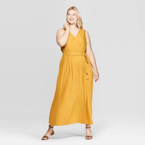Women\'s Plus Size Long Sleeve V-Neck Pleated Maxi Dress - Ava & Viv ...