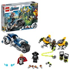 LEGO Marvel Avengers Speeder Bike Attack Black Panther and Thor set 76142