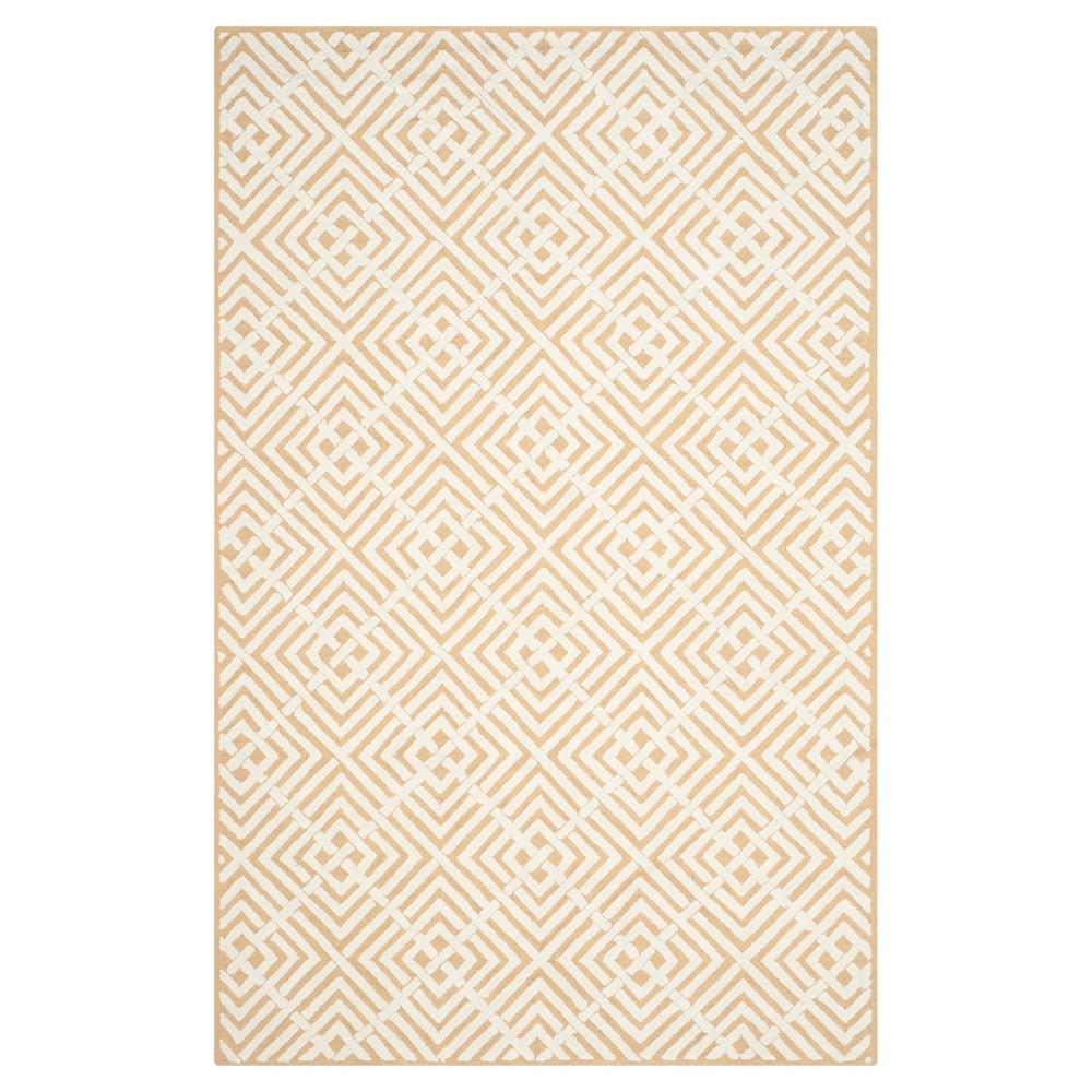 Beige/White Geometric Hooked Accent Rug 3'9