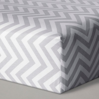 Fitted Crib Sheet Chevron - Cloud Island™ Gray