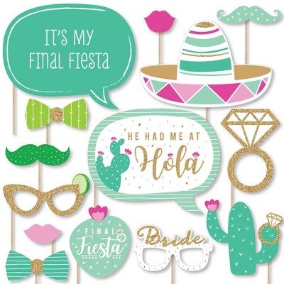 Big Dot of Happiness Final Fiesta - Last Fiesta Bachelorette Party Photo Booth Props Kit - 20 Count