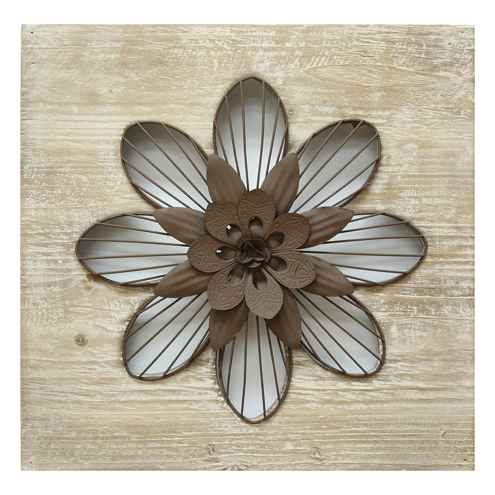 Rustic Flower Wall Decor - Stratton Home Decor, Washed Wood