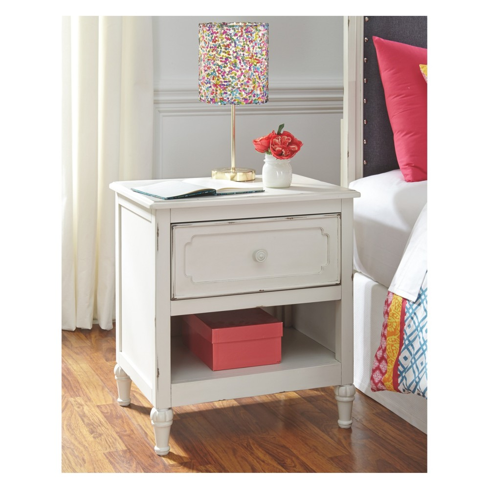 Faelene One Drawer Nightstand Chipped White - Signature Design by Ashley